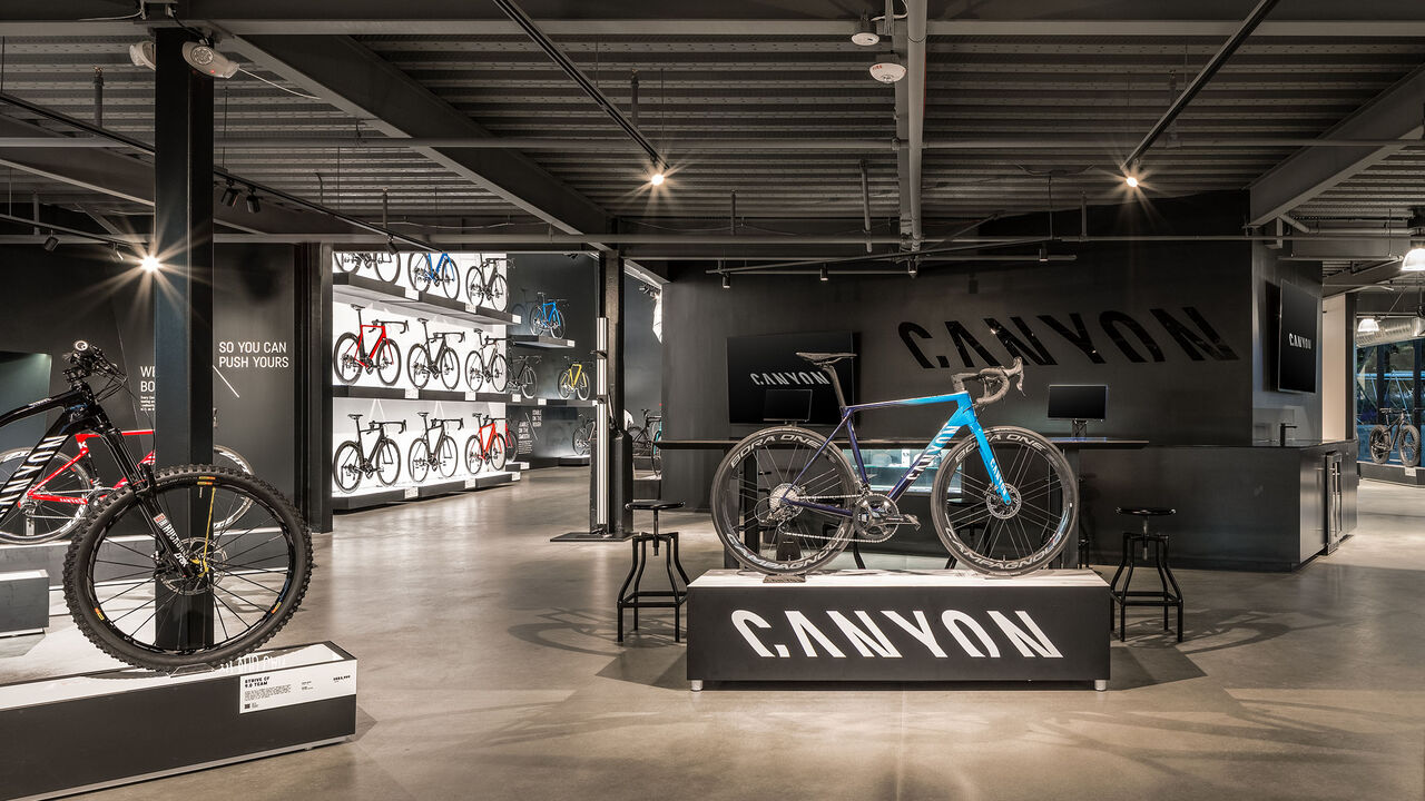 Canyon Showroom